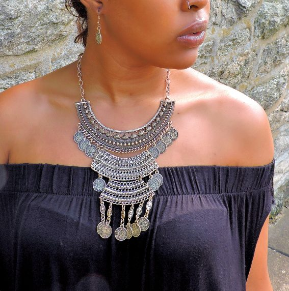 Fashion Necklace - Compliments Accessories